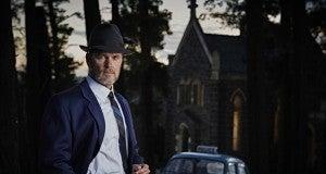 Craig McLachlan plays Lucien Blake_Dr_Blake_Mysteries